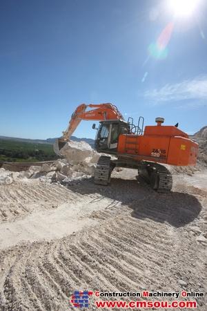 Hitachi ZX500LC-3 Crawler Excavator