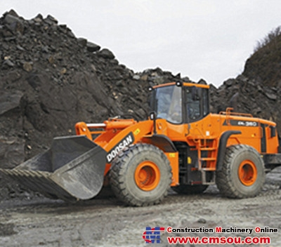 DOOSAN DL350 Wheel Loader
